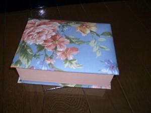 ブック型小箱